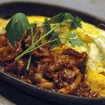 1029 - 牛肉とキノコのデミグラスソースのオムレツ