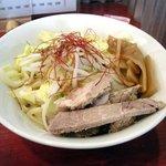 NOODLE SHOP 大金星 - 麺と具