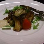 ひでぢ - 本鮪のガーリックステーキ