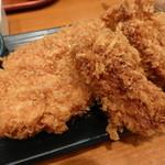 31621394 - カキフライと健美豚ロースかつ定食¥1590