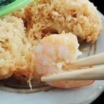川越 藪蕎麦 - ぷりぷりの小海老がごろごろと入っていました。美味!