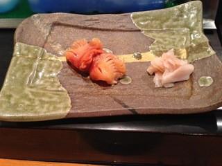 寿司孝 - しっかりした赤貝。このあとヒモも戴きました