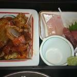 和中旬菜 威風堂々 - 刺身と回鍋肉(2014.10撮影)