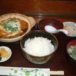 和食処 みいだ - 料理写真:かつ煮鍋定食750円