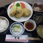 道の駅 原尻の滝 レストラン白滝 - 椎茸チーズフライ定食 780円