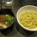 麺屋 ジゴロ - 20食限定「特製超濃厚つけ麺(\790)」。