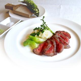 アンジュ - 料理写真:熟成肉ステーキ