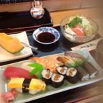 だるま寿し - 料理写真:寿司膳