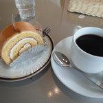 からふね屋珈琲店  - 塩キャラメルロール&ドリップコーヒー