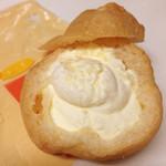 彩の菓子処 おき川 - もちもちシュー(チーズ)