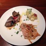 31670063 - ランチの選べる前菜3品                       (茄子としめじのマリネ、さつまいもとリンゴのサラダ、鶏胸肉とゴボウのトマトソース)
