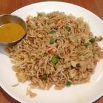 インド食堂 チチル&シシリ - ビリヤニ様食べたいという気持ちからビジュアルの近い感じで『フライライス』様(778円)をチョイス!