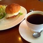 アロマコーヒーカフェ 東岡山店
