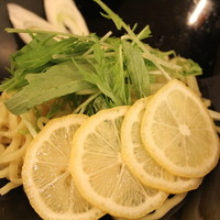 糀Cafe Izakaya Suiren - 鍋の〆は、鳥レモンラーメン