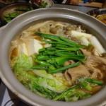 味処はなぐるま - 料理写真:もつ鍋(2人前)