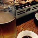 駅前食堂 - 生ビールとホルモン