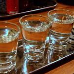31697920 - 利き酒セット(おまかせ3種類)アテちょこ付