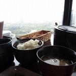 31698659 - 玄米入りご飯とみそ汁
