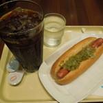 ドトールコーヒーショップ - アイスコーヒーL(320円)