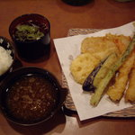てんぷら家 - 七種盛天ぷらとご飯・吸い物