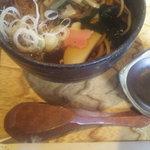 3170445 - 山菜そば(¥800)
