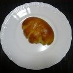 31702968 - 濃厚クリームパン