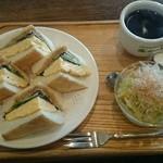 31704241 - 和風タマゴトーストセット 800円
