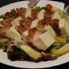 炭火焼鳥・博多水炊き 一品料理 IPPO - 料理写真:ハニーマスタードチキンと柔らか豆腐のサラダ