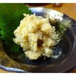 久米 - 新じゃがとネギの味噌煮・・コレも美味しい。 お味噌の風味とジャガイモって合うのですね。お酒がすすみますよ。^^