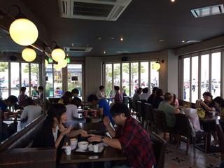 Cafe 506 - ここからはマリーナが見えます