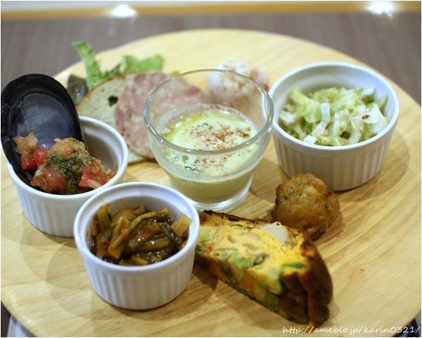 三輪亭の料理の写真