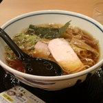 麺処直久 - 純鶏ラーメン(醤油)(570円)