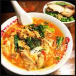 太陽のトマト麺 - 太陽のエッグラーメン+ガーリックねぎ飯