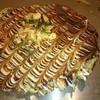 多真家 - 料理写真:デラックス関西焼き!具沢山の贅沢なお好み焼きです。