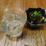 31724013 - 紅さつま(芋)ロックと小鉢(ちょい飲みセット)