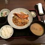 meguronowashokusatou - 週替り膳950円 秋鮭のちゃんちゃん焼き