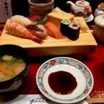 おらんく家 - ワンコインの握り寿司ランチ。