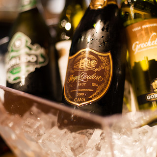 イタリア産ワイン飲み放題