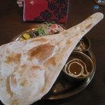 ナマステ キッチン - ナンとインド定食