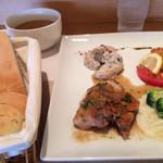 ポンムドテール - プレートランチ&スープ&パン