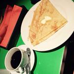 タブレスカフェ - クレープとオーガニックコーヒー