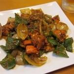 トルシー - 料理写真:チキンチリです 野菜もたっぷり