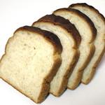 31754583 - もちもち全粒粉食パン≪1斤≫(\300、2014年9月)