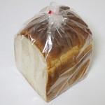 ラ・クルート・ドール - もちもち全粒粉食パン≪1斤≫(このような状態で販売、2014年9月)