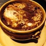 ビストロ シャノアール - 農家直送玉ねぎのグラタンスープ