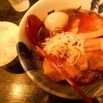 31760002 - 煮干しラーメン&味玉&チャーシュー増し¥1120半ライスサービス