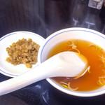 風味亭 - スープと刻みザーサイ