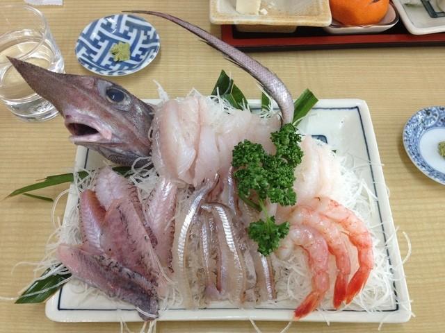 深海魚料理 魚重食堂 - ゲホウの刺身