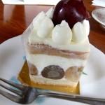 ルカフェガーデンドゥラパールドゥマキ - ケーキ