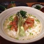 和食 たかもと - ランチの鯛茶漬けです。